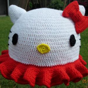 Opskrift på Hello Kitty hat – 48 cm